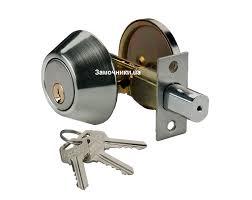 Какие бывают замки для входной двери, их параметры и особенности