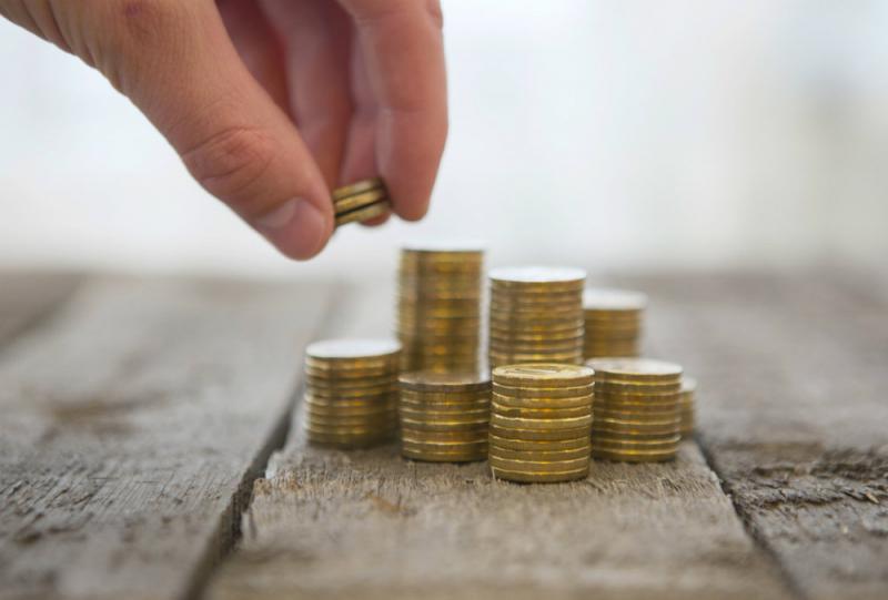 С каким курсом рубль встретит новый год