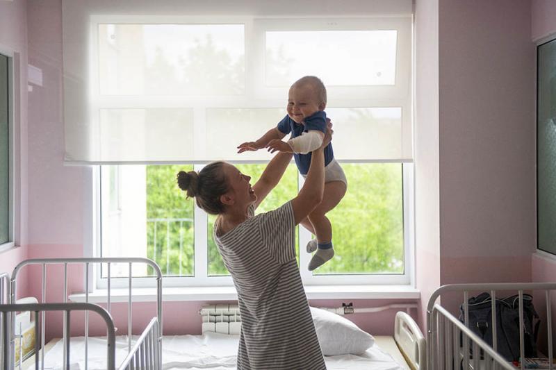 Минздрав РФ предложил разрешить лечение детей препаратами для взрослых