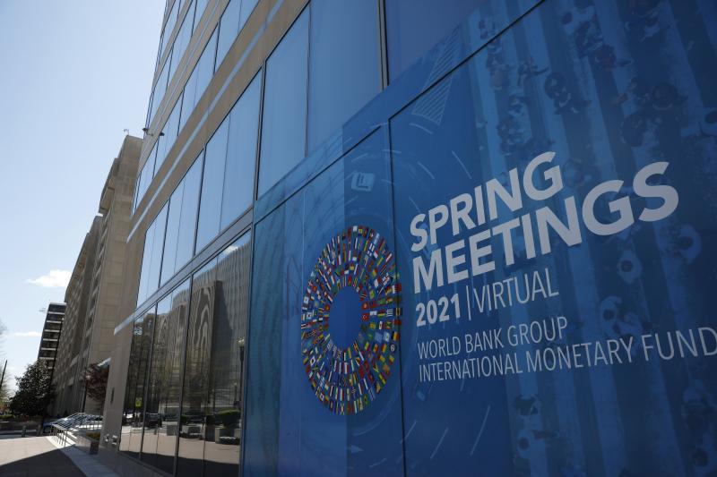 МВФ прогнозирует полное восстановление экономики России в 2021 году