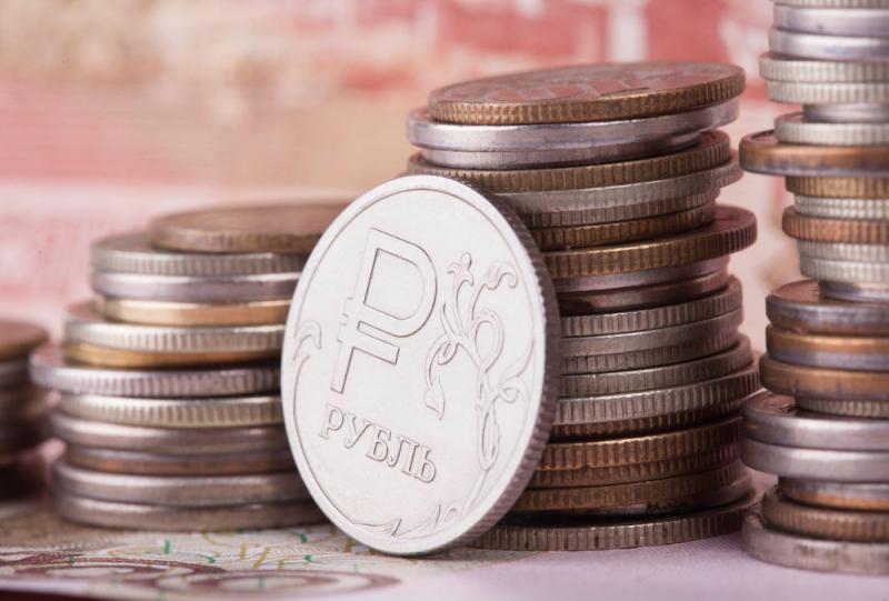 Рубль укрепится на 10 процентов и пробьет психологически важные уровни