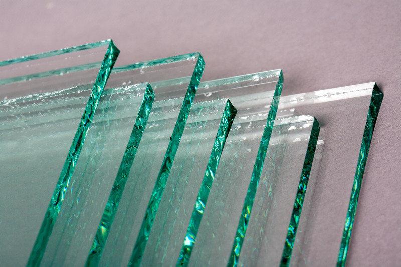 Преимущества закаленного стекла