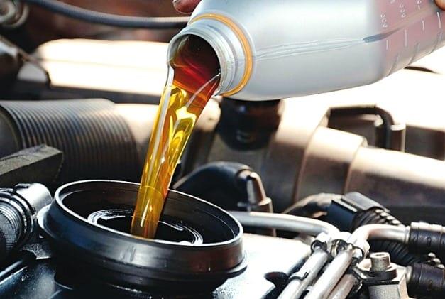 Что стоит учитывать при выборе моторного масла