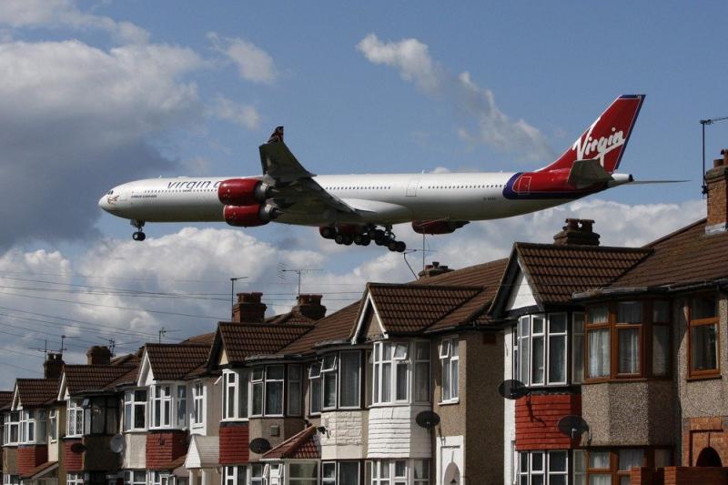 Самолеты стали меньше шуметь у московских аэропортов